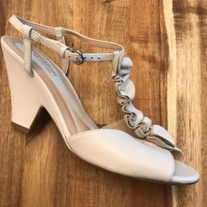 Naturalizer White Leather Wedge Heel Sandals.